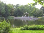 This image (lake in Park Ujazdowski again) reminds me of the Huntington in LA.
