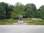 Paderewski statue at the entrance to Park Ujazdowski.
