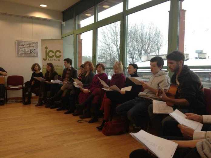 The choir singing, up on the 3rd floor of the JCC, as part of the reading.